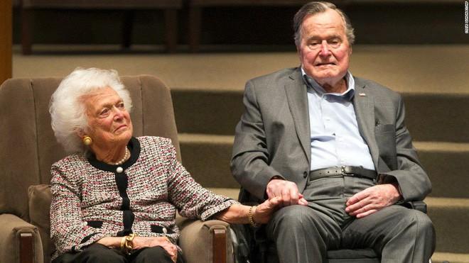 """Hội chứng trái tim tan vỡ sau cái chết của cựu Tổng thống Bush """"cha"""" - Lý giải của các nhà khoa học"""